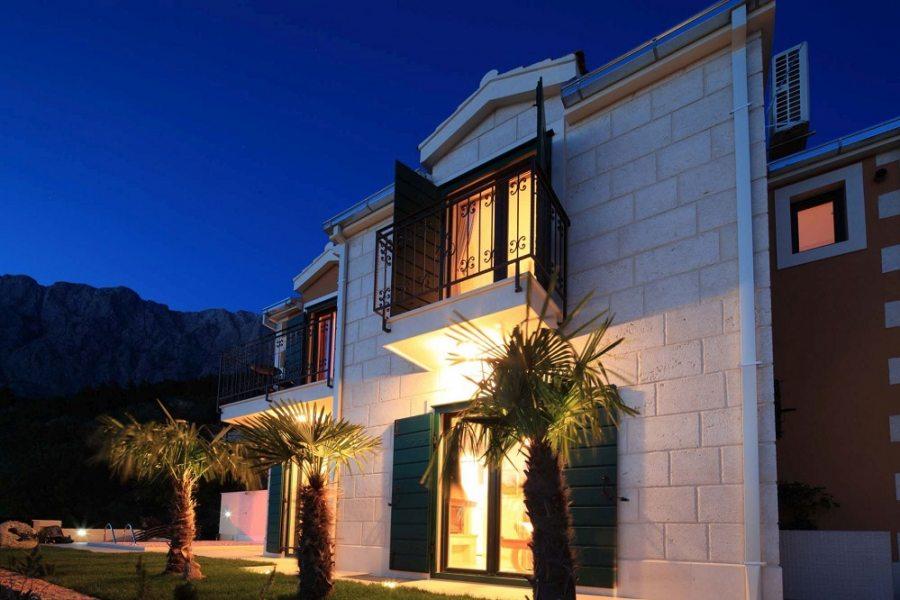Villa Majda in the evening