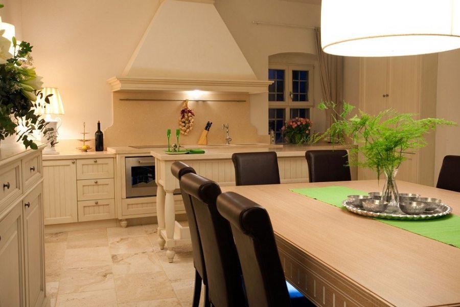 Kuhinja i blagovaonica