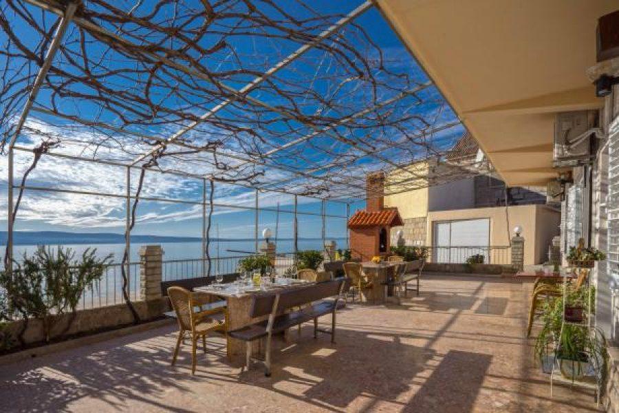 Beach apartments Mirjana