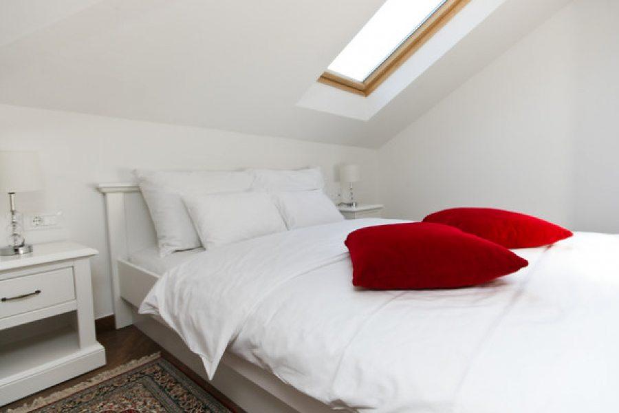 Double bedroom in 4+1 ap.