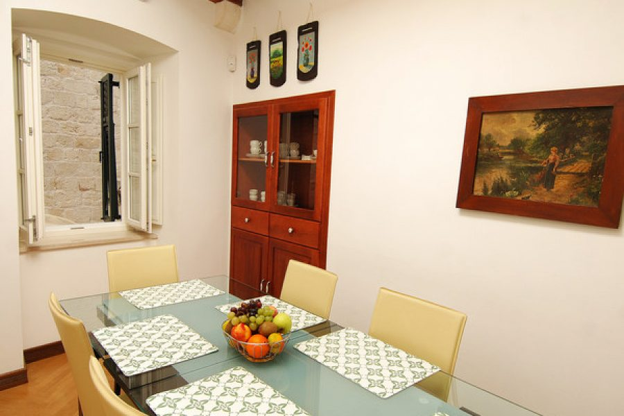 Deluxe apartment - Dining room