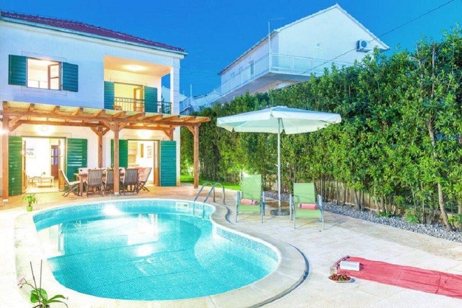 Villa Mare with pool
